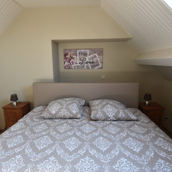 slaapkamer 2 met kinderbed